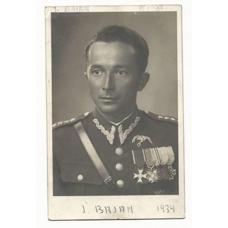 Zdjęcie portretowe płk. pil. Jerzego Bajana