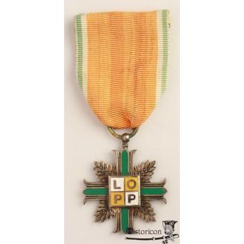 Krzyż srebrny LOPP