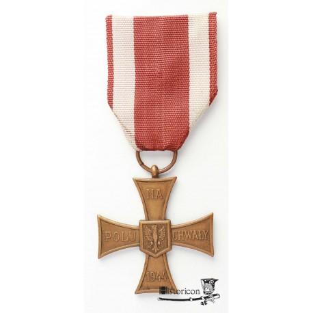 Krzyż Walecznych z lat 1946-50