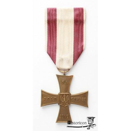 Krzyż Walecznych z datą 1940