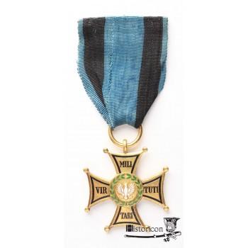 Krzyż VM 4 klasy - złoto