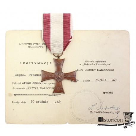 Krzyż Walecznych z dokumentem - AK
