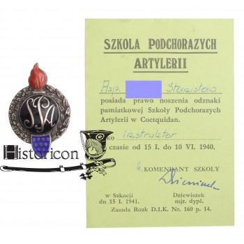 Szkoła Podchorążych Artylerii Coëtquidan z dokumentem nadania